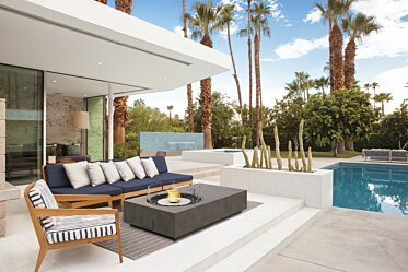 Outdoor courtyard - Residential Spaces