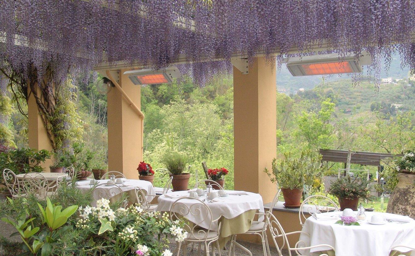 spot-2800w-radiant-heater-restaurant-terrace-03.jpg