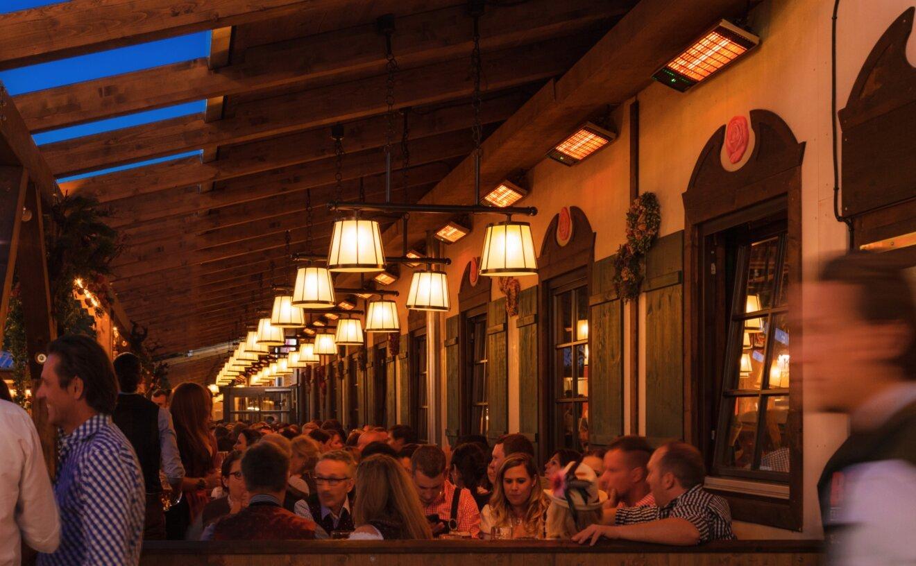 spot-2800w-radiant-heater-restaurant-04.jpg